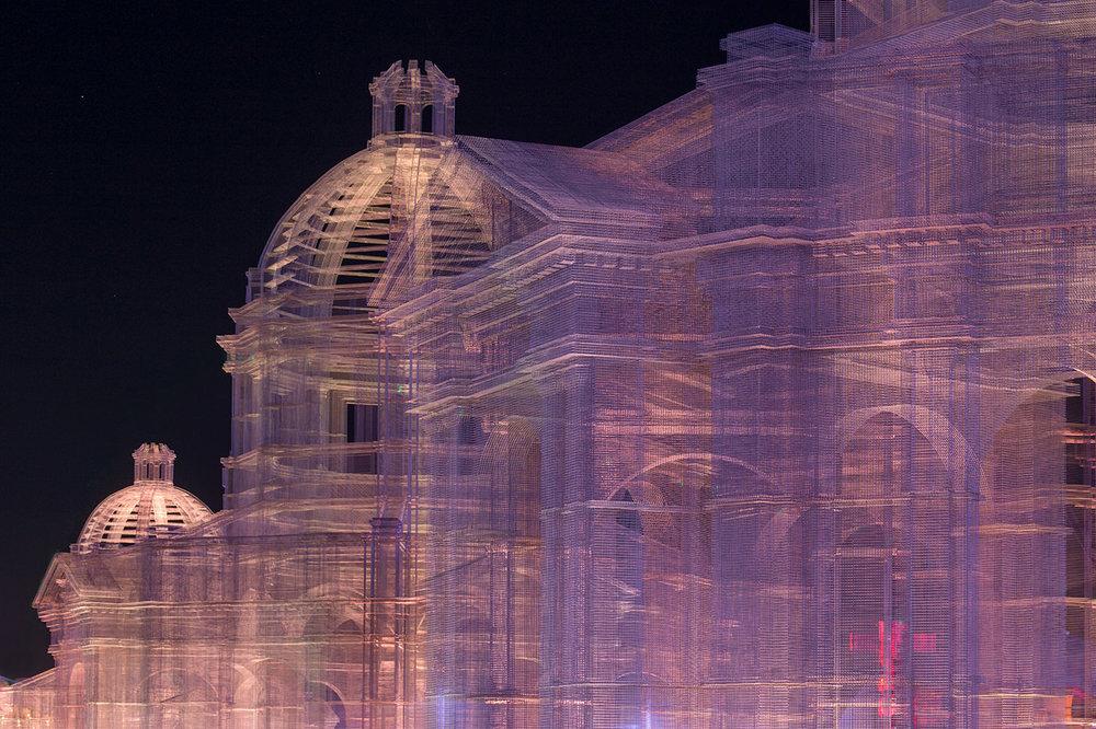 """""""Etherea"""", la città sospesa al Coachella Musica Festival"""